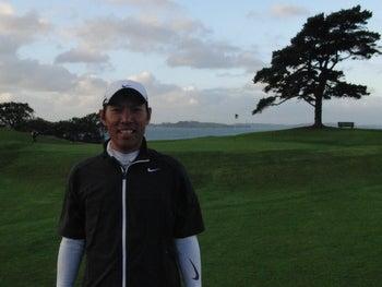 ゴルフ天国ニュージーランド発!「1打でもスコアアップするための上達ヒント集」-ホールアウト後写真