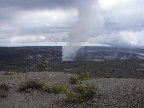 Happy Hawaii Life-Volcano