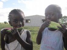 青年海外協力隊(理数科教師)の一生一句~アフリカから一句、詠ませていただきます。~-スイカ少年とスイカ少女