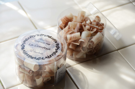 $手作り石鹸専門店 La Comtesse(ラ・コンテス)のブログ-携帯用生石けんエリザベート