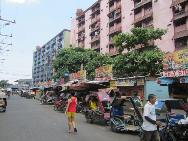 海とごみとチューク生活-apartments which people were forced to move to