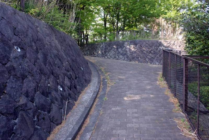 出羽山砦/北側