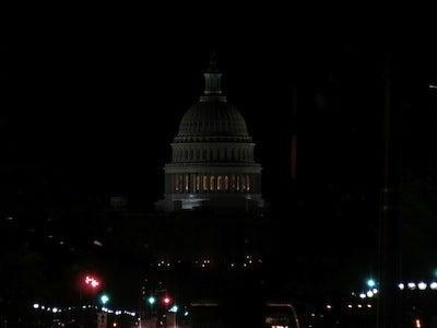 夜の議事堂