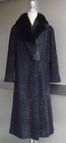 大木毛皮店工場長の毛皮修理リフォーム-毛皮コートのリメイク リフォーム