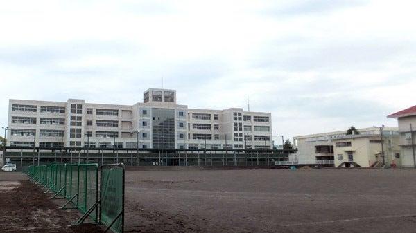 静岡県立静岡高等学校…通称は静...