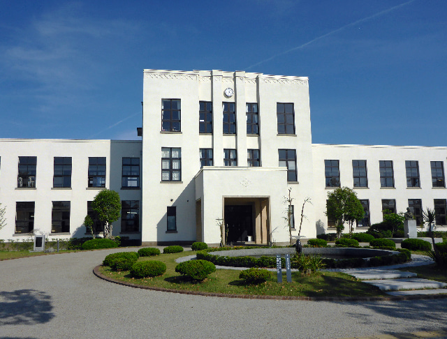 豊郷 小学校
