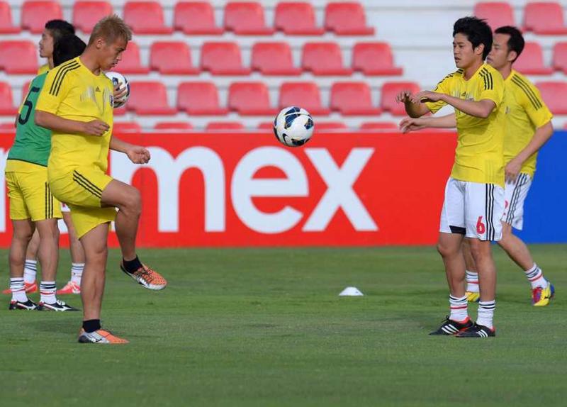 本田圭佑 内田篤人 サッカー 日本代表 ワールドカップ 最終予選 イラク