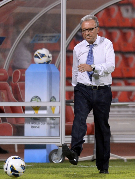 ザッケローニ監督 サッカー 日本代表 ワールドカップ 最終予選 イラク