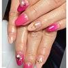 ネイル画像~鮮やかピンク~の画像