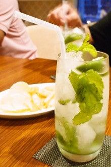 中国大連生活・観光旅行ニュース**-大連 Cafe Bar Cou 民主広場