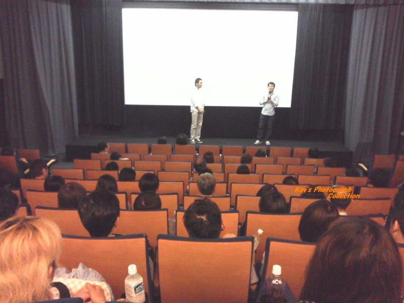 石塚恵子のおしゃべりモーニングのブログ-ユーロ最終日舞台挨拶2人b.jpg