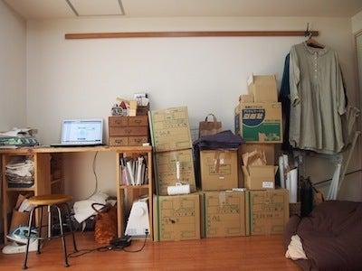 友達を呼びたくなる部屋作り教室!一人暮らしのインテリアと家具配置-おしゃれなインテリアと収納、家具配置のサービス Before02