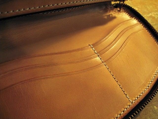 フリークSTAFFブログ-マニホールド OWA-17 財布