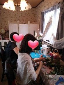 東京立川のフラワー教室 インテリアやお誕生日プレゼントにフラワーギフト アトリエクリスタルローズ-お教室の様子