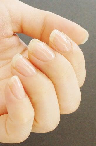 艶爪にした爪