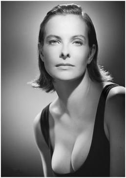 美しすぎる50代 キャロル・ブー...