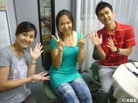 $VBCテレビブログ放送-松井アナ(左)・廣田アナ(右)