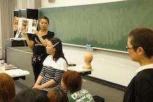 $+  +神戸の大学でファッションを学ぼう+  +-実践2