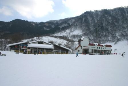 スキー 天気 国際 氷ノ山 場