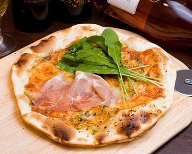 ファンタステック☆Night-生ハムのピザ