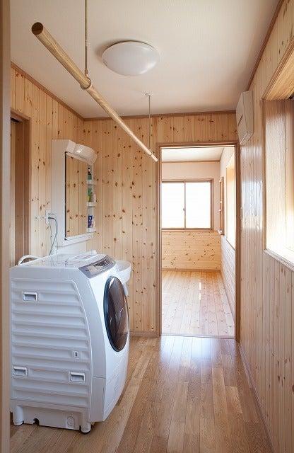 北陸富山の大工棟梁『肥塚建築』 建物・自然探訪-洗濯室