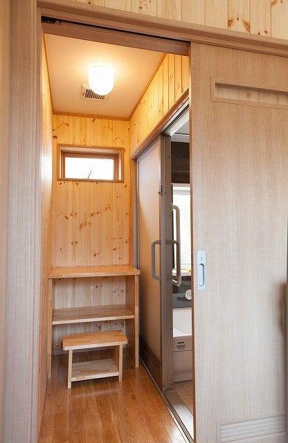 北陸富山の大工棟梁『肥塚建築』 建物・自然探訪-脱衣室