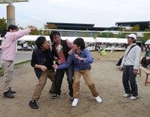$手話エンターテイメント発信ネットワークoioi ブログ-お菓子喰い競争