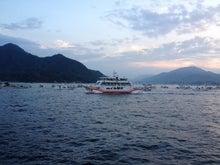 シネマと書店とライブハウス ~ 映画と本と音楽と ~-厳島神社への船