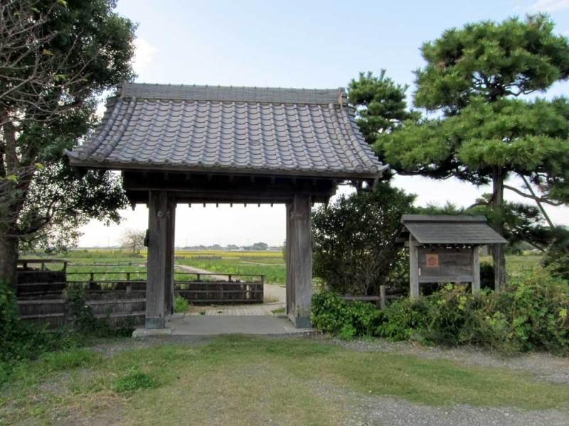 菖蒲城/①栢間陣屋の移築門
