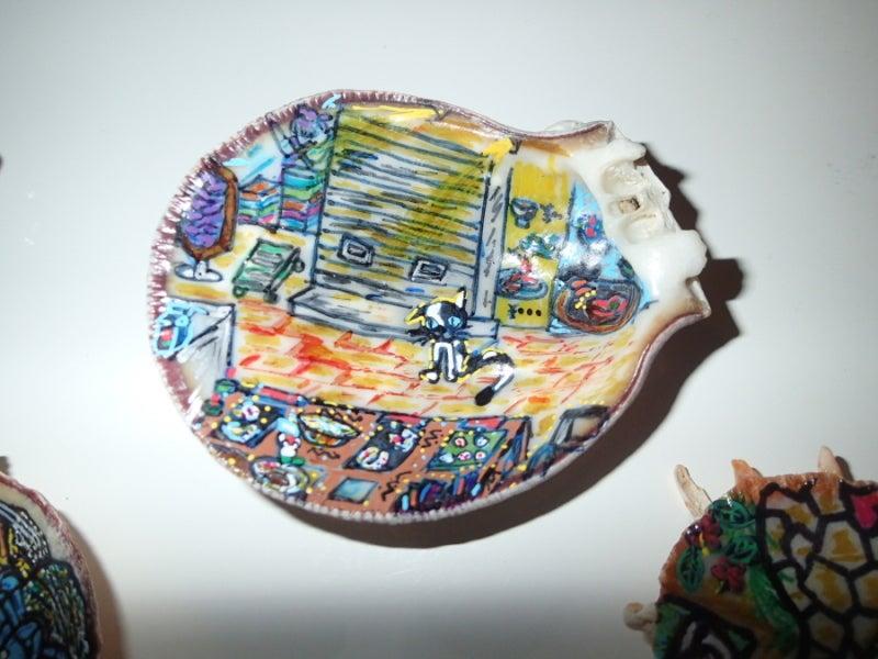 歩き人ふみの徒歩世界旅行 日本・台湾編-貝殻絵画路上販売