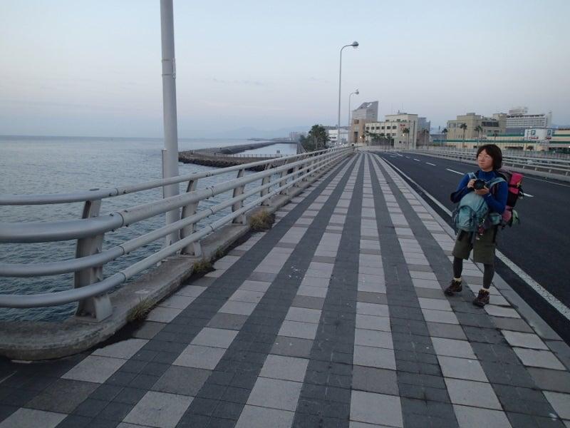 歩き人ふみの徒歩世界旅行 日本・台湾編-橋の上