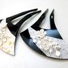 ■可愛らしい花のモチーフ付き、礼装用コスチュームかんざし。結婚式やパーティーにどうぞ。の画像
