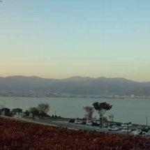 夕焼けに染まる諏訪湖