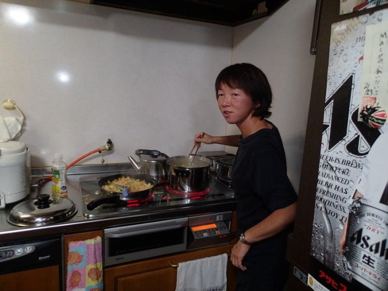 歩き人ふみの徒歩世界旅行 日本・台湾編-料理中