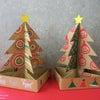 机にもクリスマス気分!ダンボールミニツリー!の画像