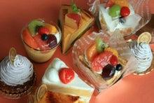 香川・高松のケーキ屋さんラ・ファミーユのスィーツ日記-小物ケーキ