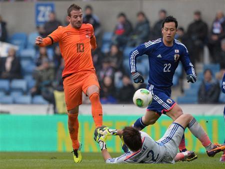 ファン・デル・ファールト 吉田麻也 サッカー 日本代表 オランダ 引き分け