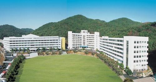 天平ブログ   ~ジャグラーTempeiの オフィシャルブログ~-東釜山大学 校舎