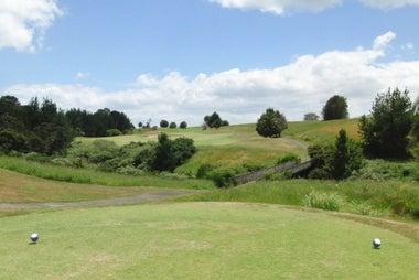 ゴルフ天国ニュージーランド発!「1打でもスコアアップするための上達ヒント集」-フォーモサゴルフ場 14番ホール