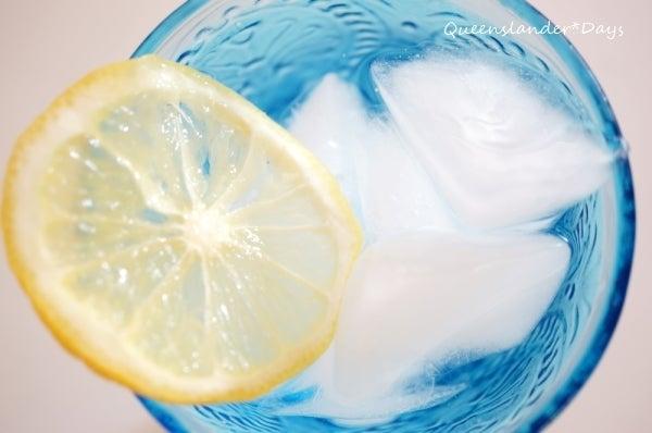 クイーンズランダー*Days +板壁に包まれた家+-lemon water