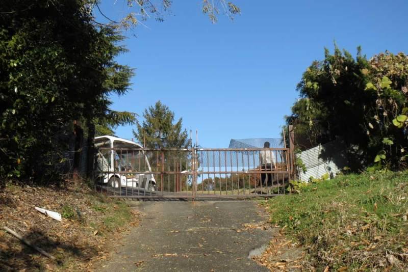 竜ヶ谷城(毛呂山)/ゴルフ場のゲート