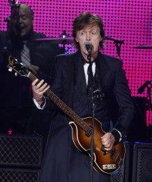 Paul Live2