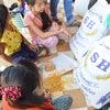 カンボジア滞在記:トゥールスレン博物館と米を子どもたちに届ける。② 2013/11/8の画像
