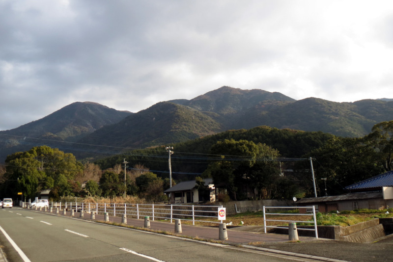 鷹取城/①南からの遠景