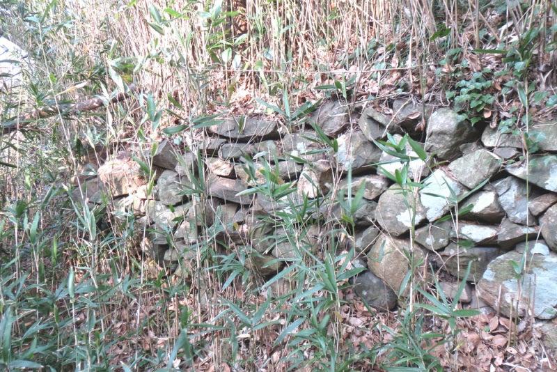 花尾城/⑯二の丸虎口の石垣