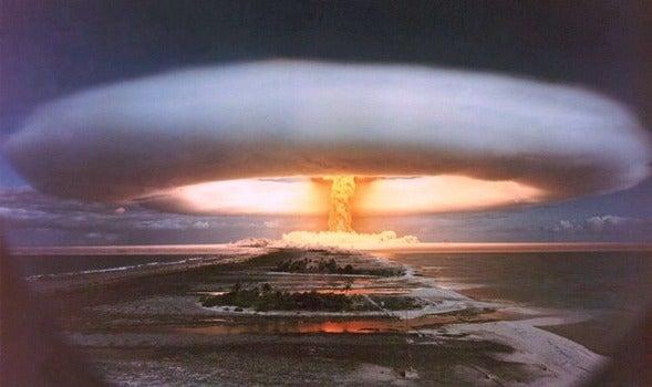 ボンバー ツァーリ 核実験が実施された場所や爆発規模を地図上で時系列で表示する戦慄のムービー「Trinity」
