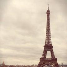 パリからの