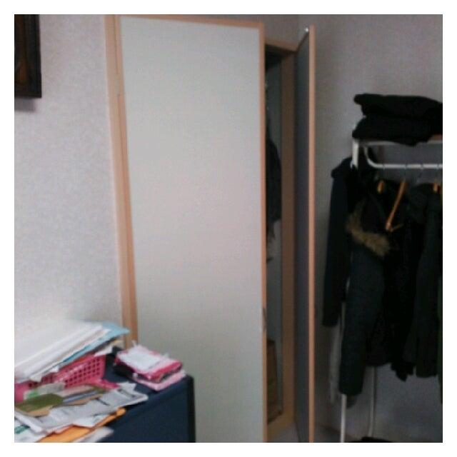 a05b900b7d まだ、新しい家なのですが、収納に棚もなのもついていないので、使いにくいとのことでした。