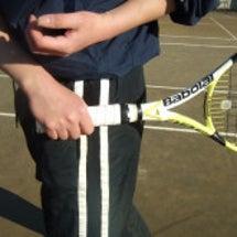テニス:スマッシュで…