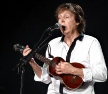 Paul Live Photo 10